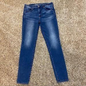 American Eagle 12L Skinny Super Stretch Jeans